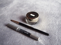 L'Oreal Infallible Lacquer Liner 24H Gel Liner & Urban Decay 24/7 Glide-On Eye Pencil
